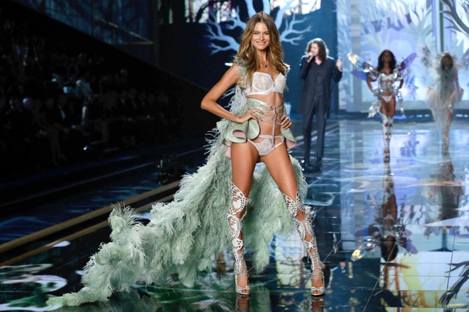 Behati Prinsloo, Victoria's Secret Fashion Show, 2014