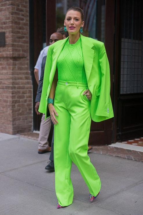 Blake Lively (má na sobě kostým Versace), New York, srpen 2018