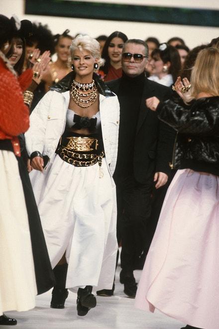 Linda Evangelista a Karl Lagerfeld v Paříži, ready-to-wear kolekce Chanel AW91/92