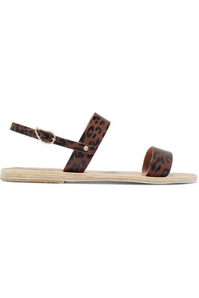 Sandálky s leopardím printem, Ancient Greek Sandals, prodává Net-a-Porter, 125 €  Autor: Archiv značky