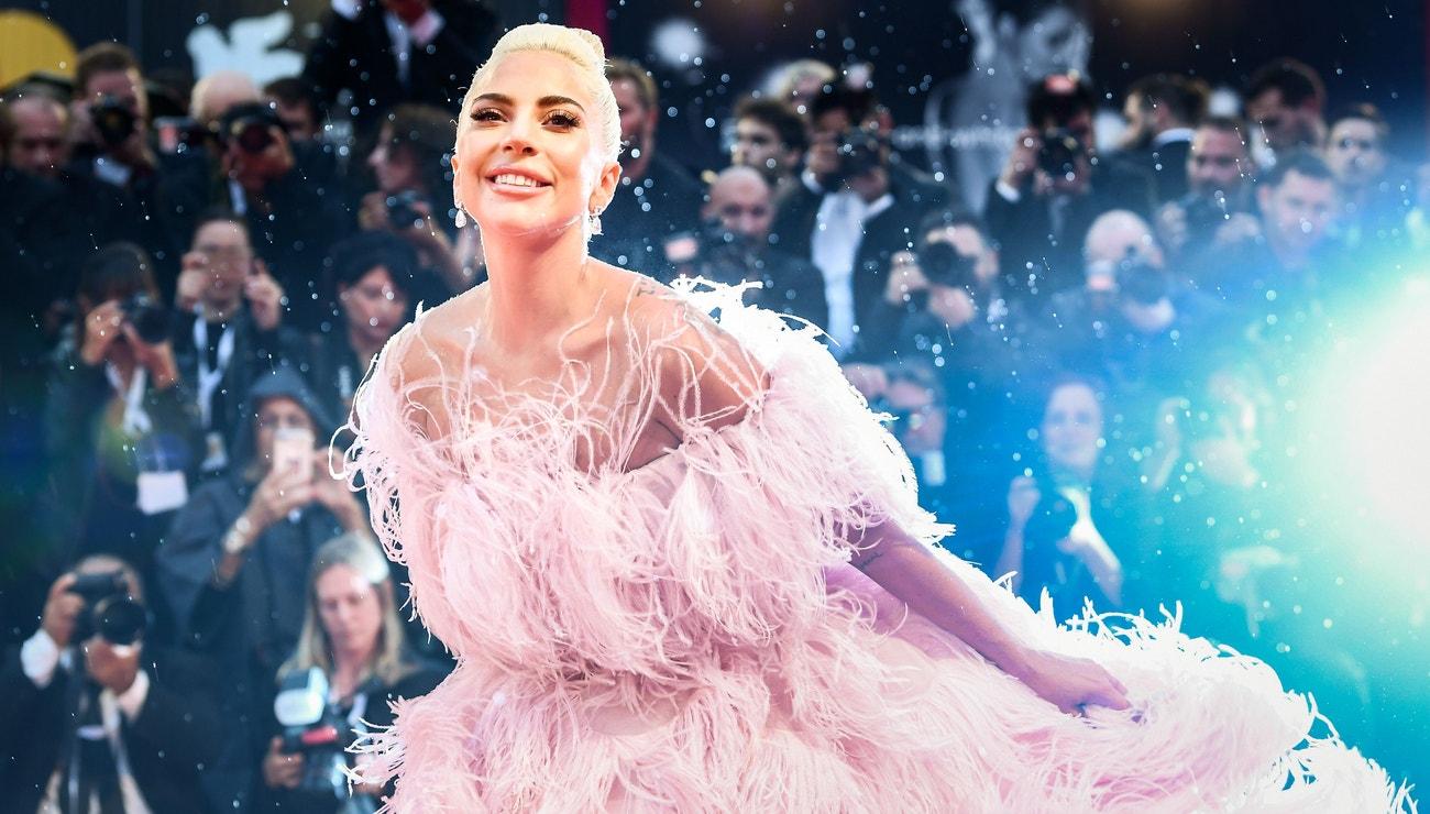 Valentino představí nový parfém a jeho tváří je Lady Gaga