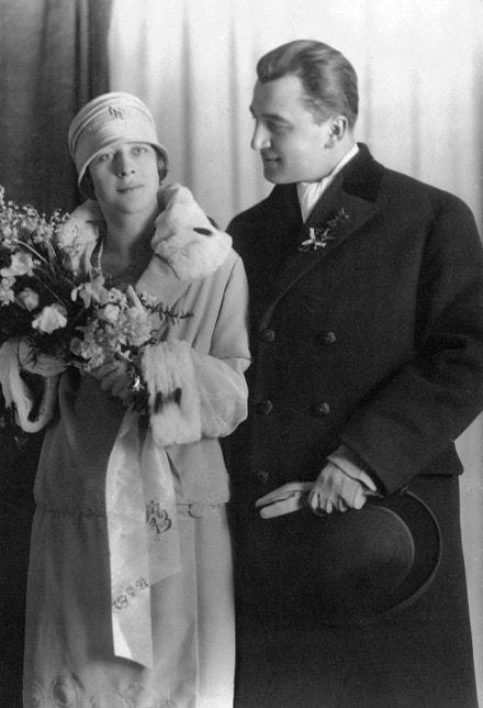Svatební fotografie novomanželů Bohuslava Horáka a Milady Horákové