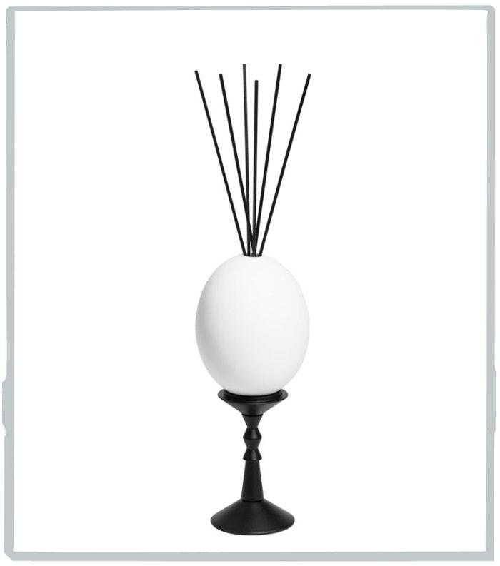 Aroma difuzér L'Oeuf Cyrnos, CIRE TRUDON, prodává Ingredients, 7800 Kč Autor: Archiv značky
