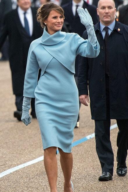 Melania Trump v šatech Ralpha Laurena, 2017
