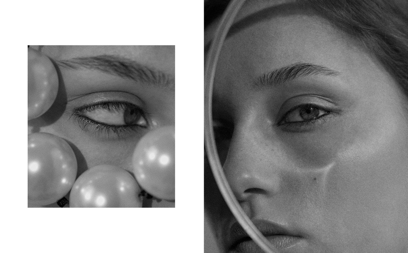 Vlevo: tužka na oči Fineliner Ultra-Skinny v odstínu Blacquer, MARC JACOBS.  Vpravo: gel na obočí Brow Finish, URBAN DECAY.