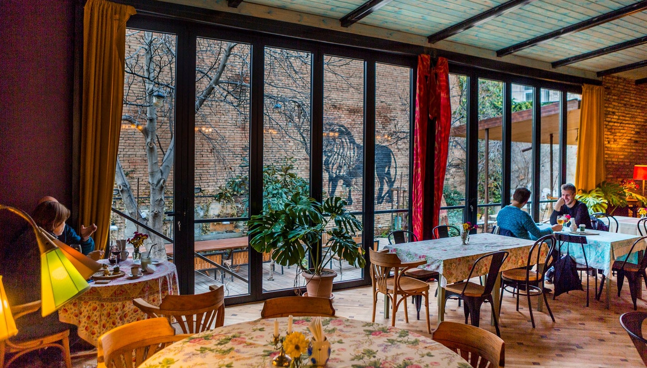 Vogue travel guide: Kam na jídlo, módu a party v Tbilisi