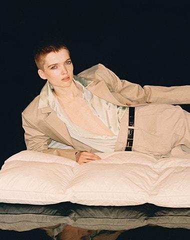 Cover star Vogue CS Ruth Bell a její nejlepší přehlídky