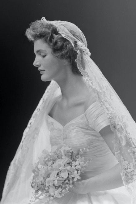 Portrét Jacqueline Bouvier
