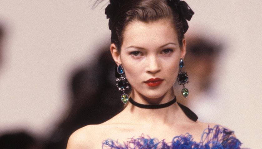 Nejlepší narozeninové looky královny večírků Kate Moss