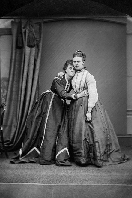 Park a Boulton (Fanny a Stella), obnovená fotografie