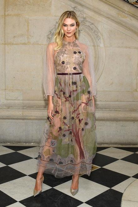 Karlie Kloss na přehlídce Dior 2019